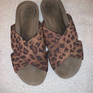 💕ROCKPORT💕 Leopard Wedges